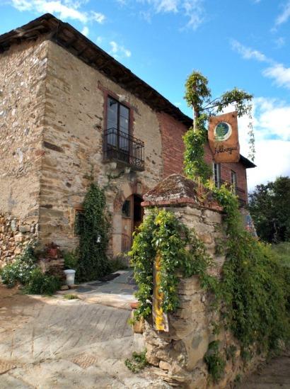 El Serbal y la Luna Albergue Spain